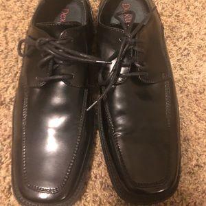 Boys Black leather dress shoes Dexter size 7